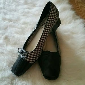 Brand new checkered and patent leather shoes